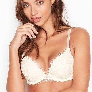 NWT Victoria Secret dream angel push up bra 36D